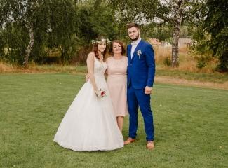svatební fotograf Kochánky, cirkevní obřad, přírodní boho svatba-192