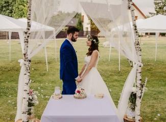 svatební fotograf Kochánky, cirkevní obřad, přírodní boho svatba-208
