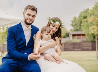 svatební fotograf Kochánky, cirkevní obřad, přírodní boho svatba-212