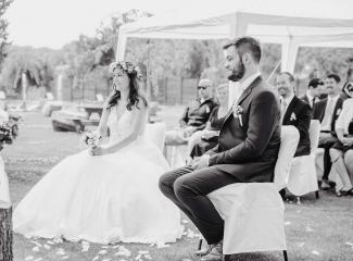 svatební fotograf Kochánky, cirkevní obřad, přírodní boho svatba-29