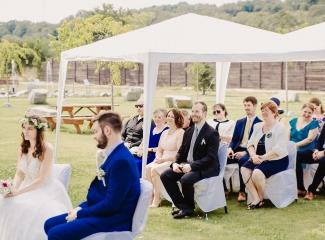 svatební fotograf Kochánky, cirkevní obřad, přírodní boho svatba-34