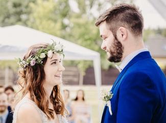 svatební fotograf Kochánky, cirkevní obřad, přírodní boho svatba-40