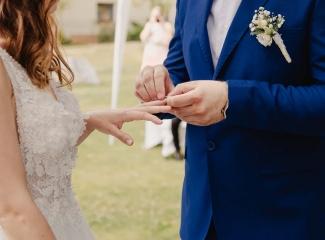 svatební fotograf Kochánky, cirkevní obřad, přírodní boho svatba-50