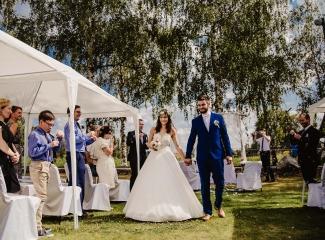 svatební fotograf Kochánky, cirkevní obřad, přírodní boho svatba-63