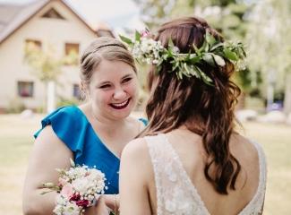 svatební fotograf Kochánky, cirkevní obřad, přírodní boho svatba-84