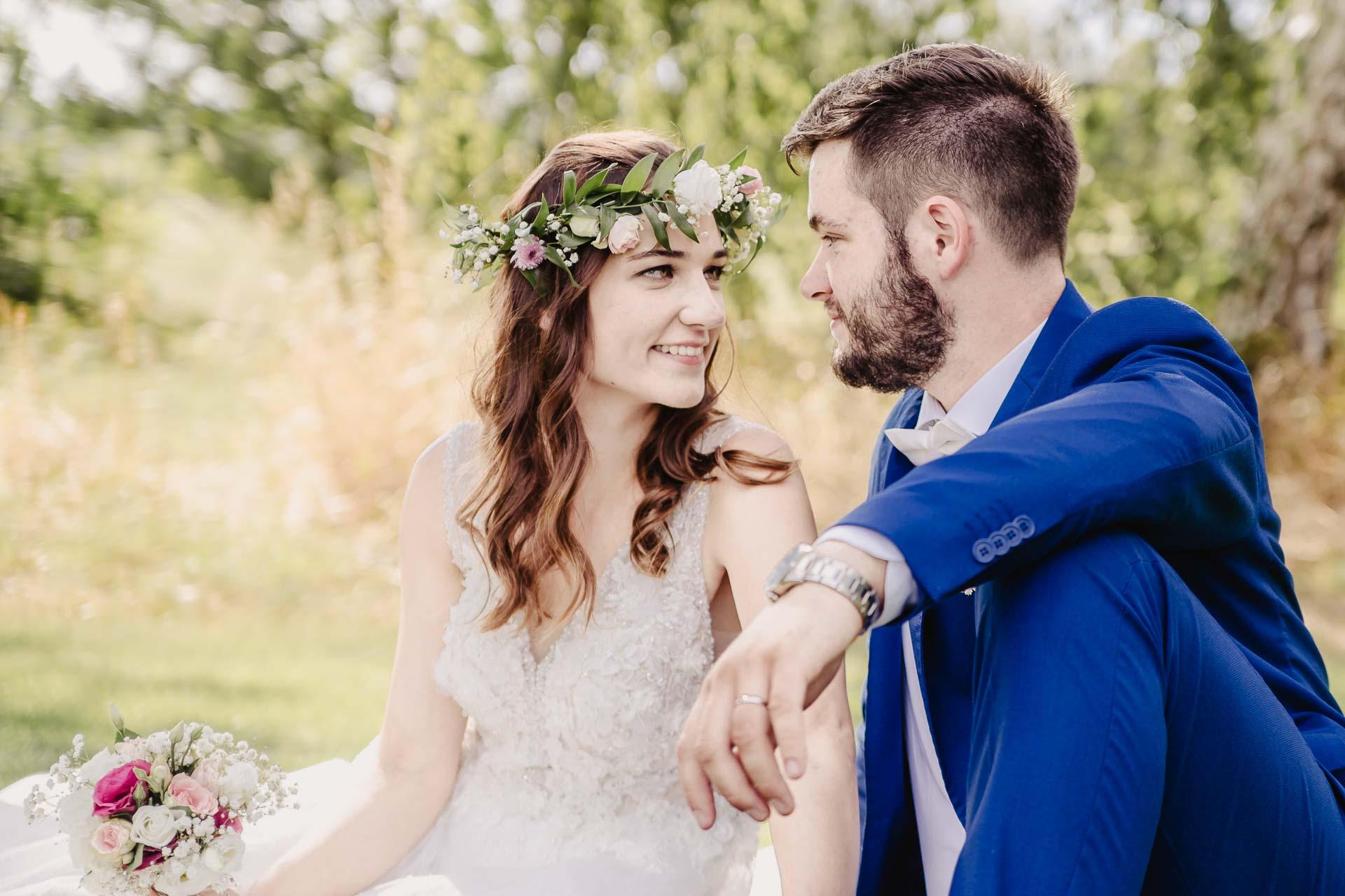 svatební fotograf Kochánky, cirkevní obřad, přírodní boho svatba-164