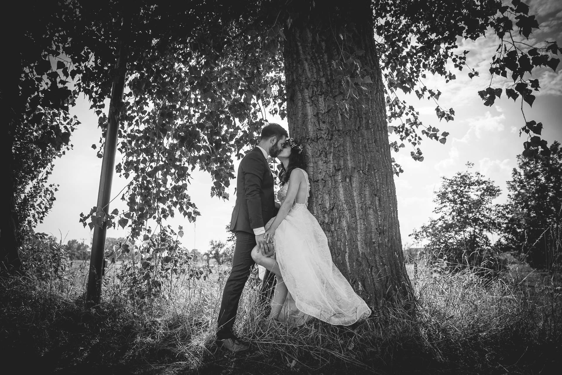 svatební fotograf Kochánky, cirkevní obřad, přírodní boho svatba-166