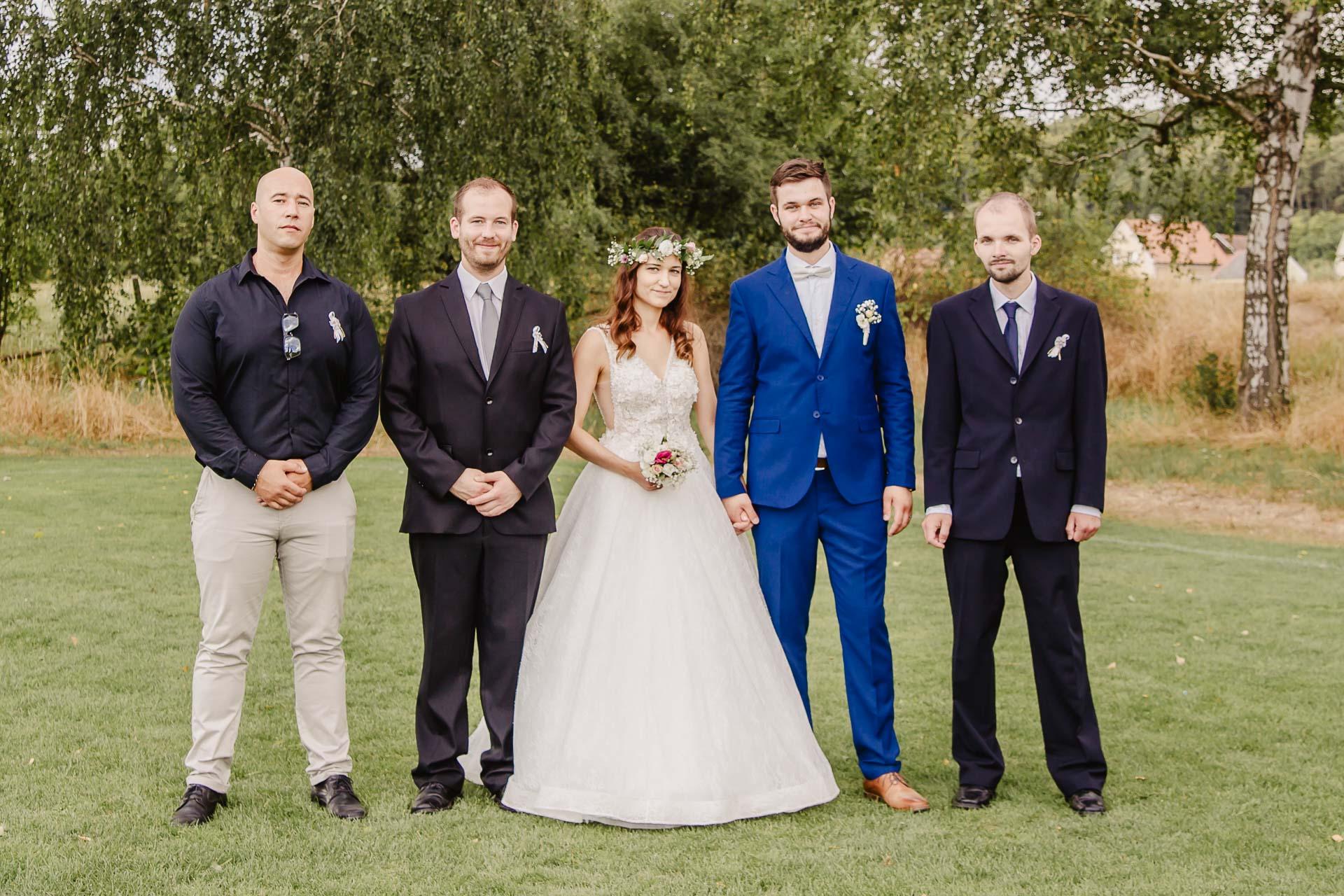 svatební fotograf Kochánky, cirkevní obřad, přírodní boho svatba-194
