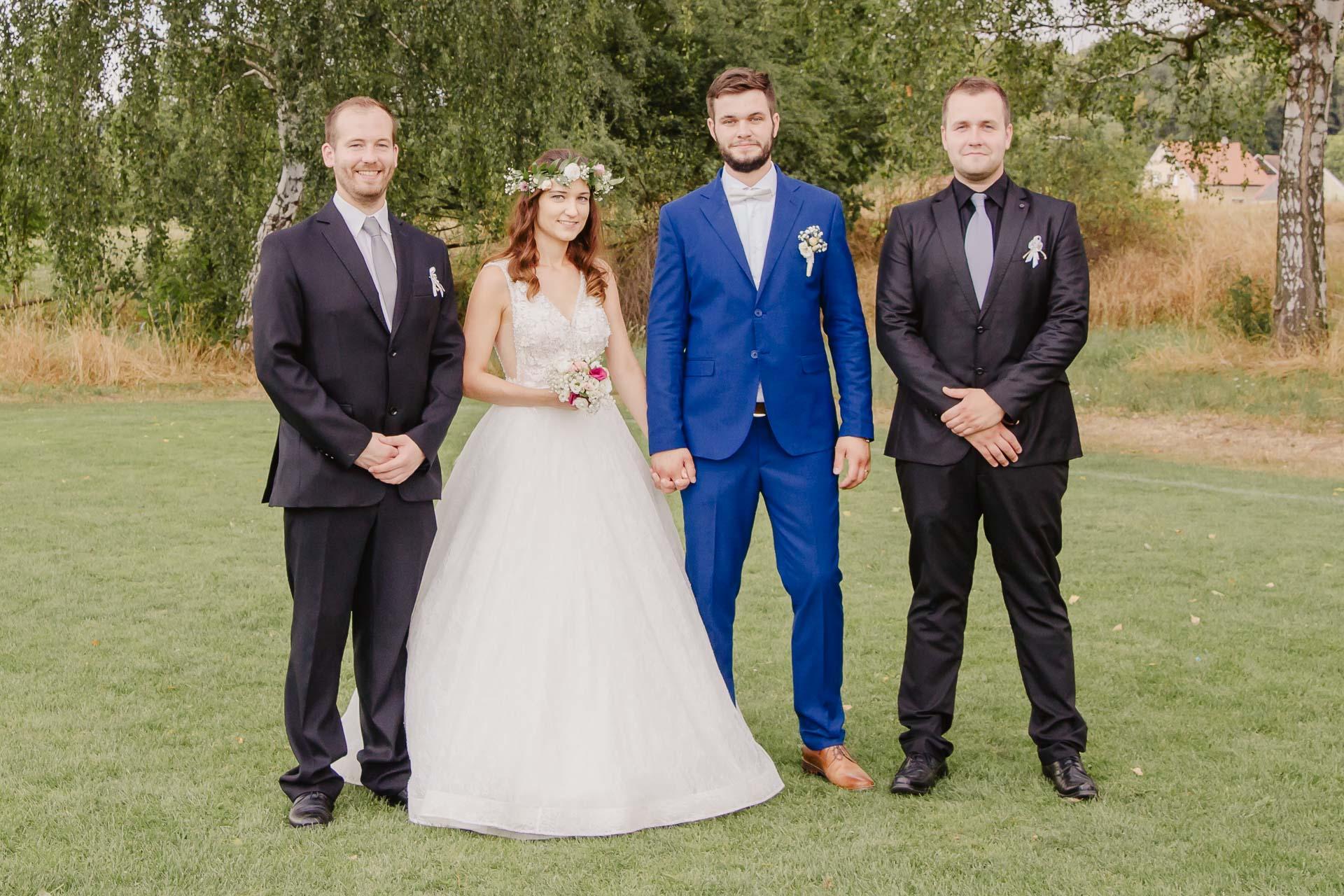 svatební fotograf Kochánky, cirkevní obřad, přírodní boho svatba-195