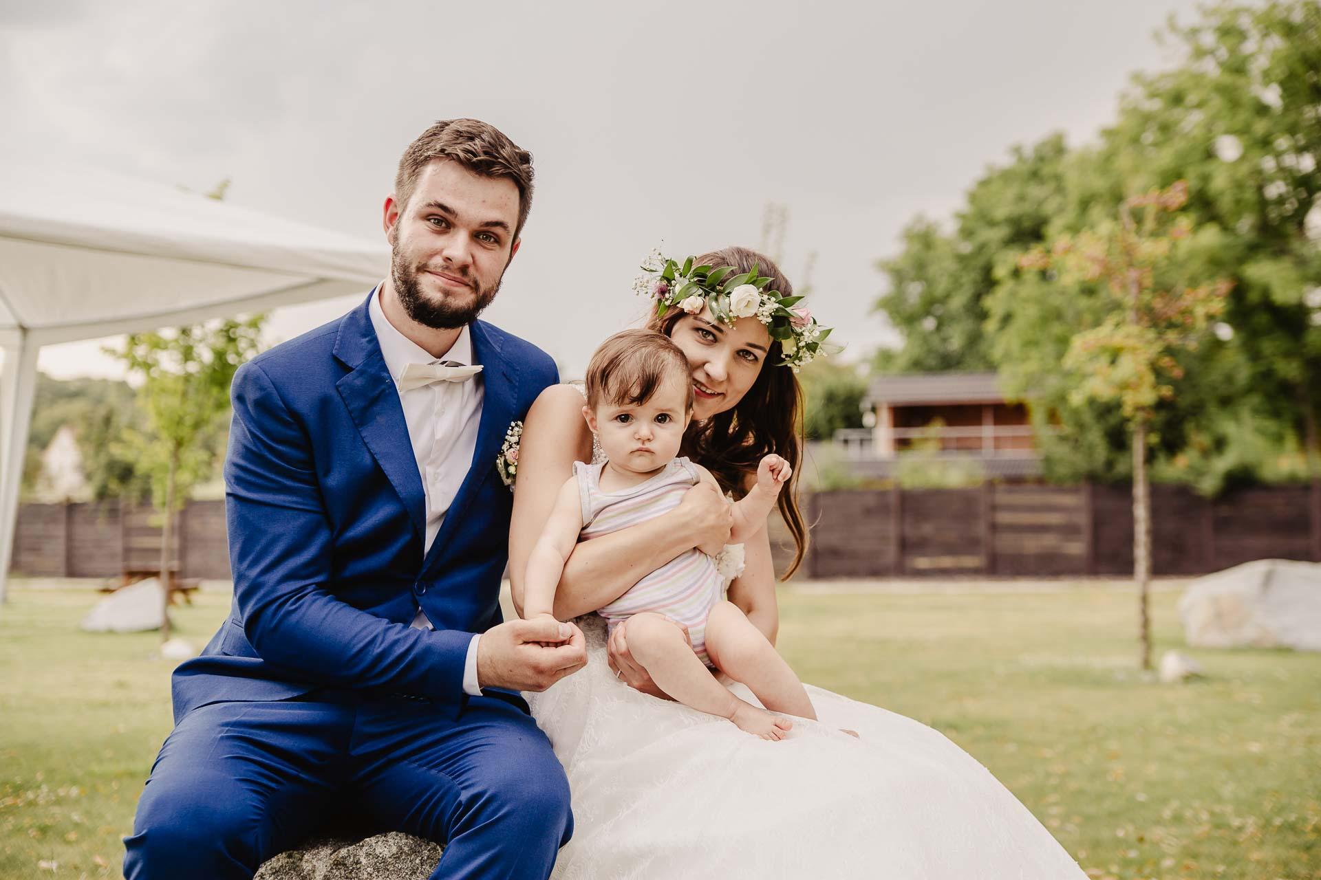 svatební fotograf Kochánky, cirkevní obřad, přírodní boho svatba-210