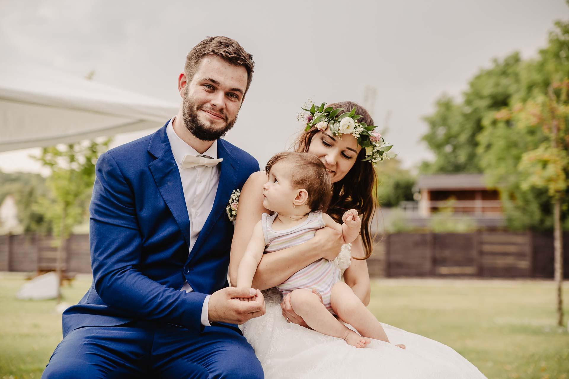 svatební fotograf Kochánky, cirkevní obřad, přírodní boho svatba-211