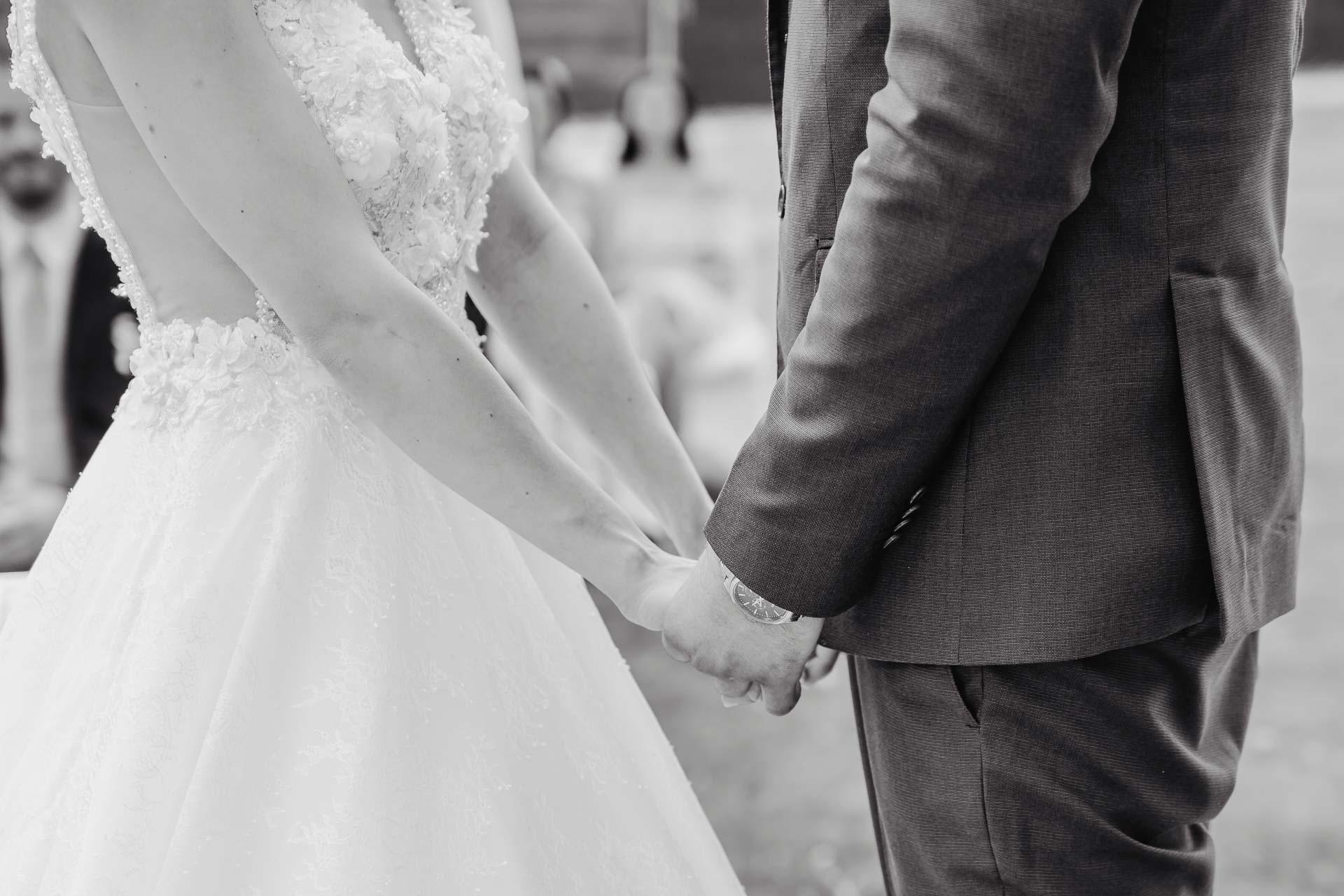 svatební fotograf Kochánky, cirkevní obřad, přírodní boho svatba-39