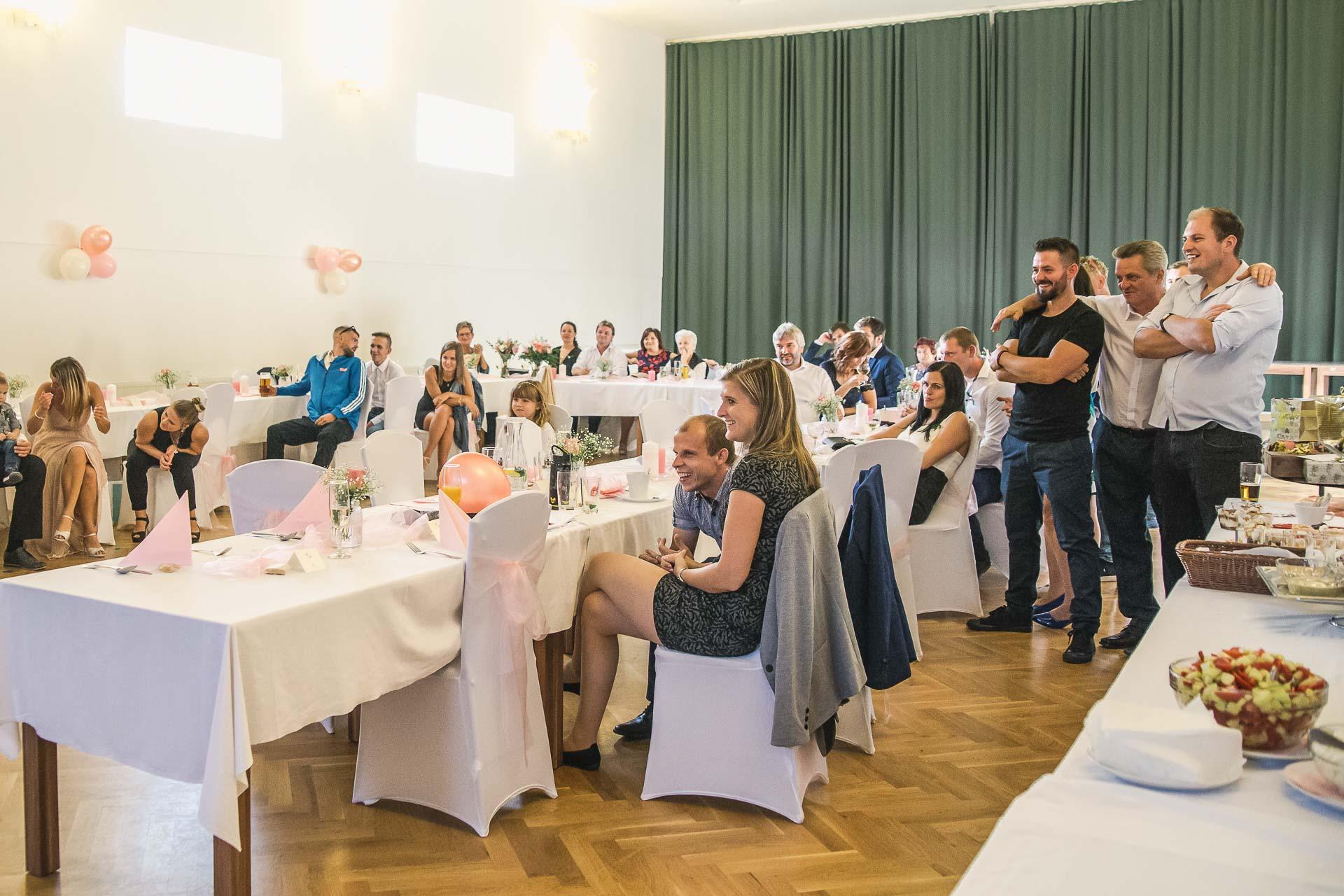 svatební-fotografie-Říp-svatební-video-ŘÍP-svatební-fotograf-ŘÍP-svatba-Mělník-svatba-Neratovice-fotograf-na-savtbu-kameraman-na-svatbu-399