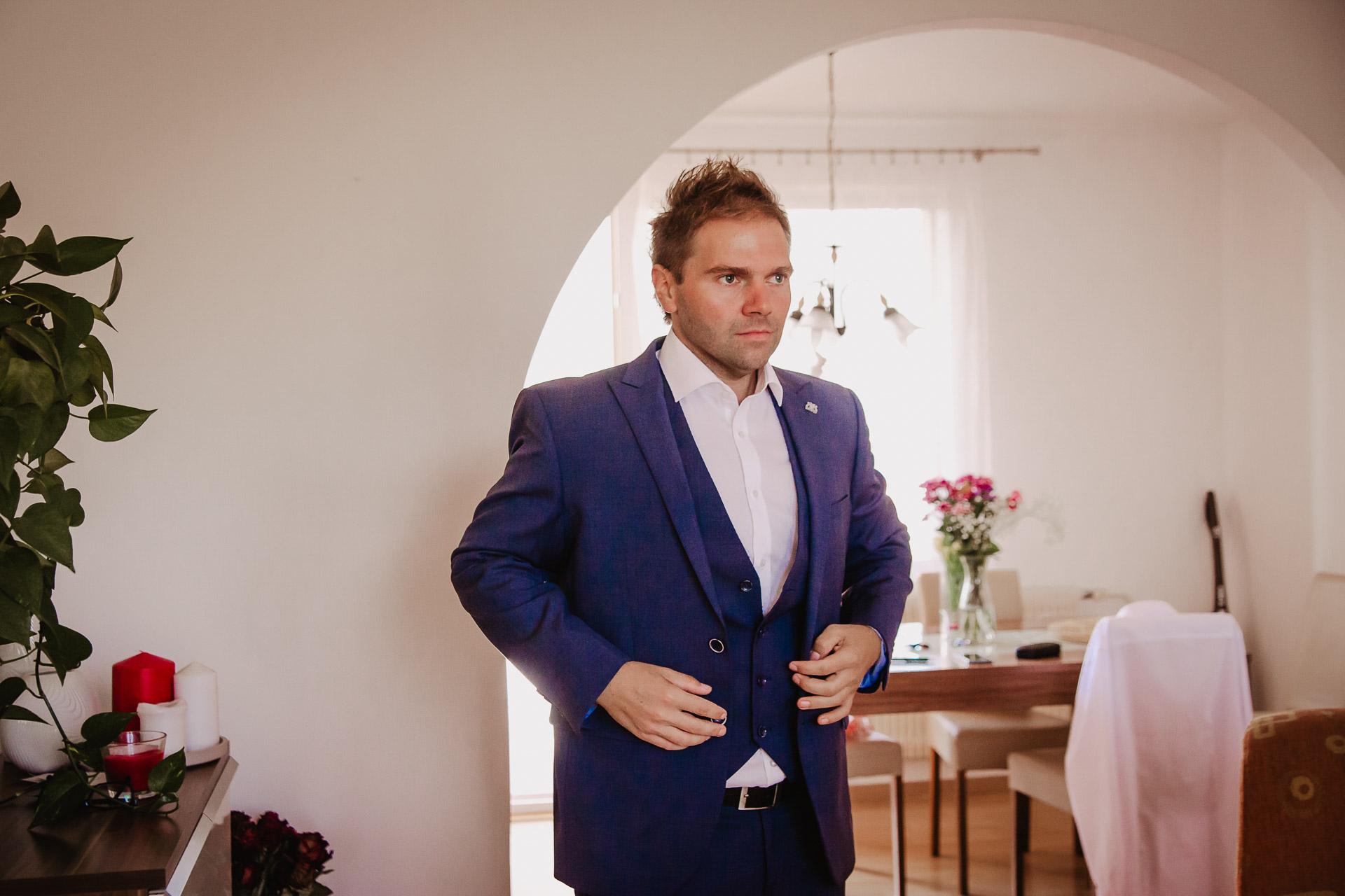 svatební-fotografie-Říp-svatební-video-ŘÍP-svatební-fotograf-ŘÍP-svatba-Mělník-svatba-Neratovice-fotograf-na-savtbu-kameraman-na-svatbu-6