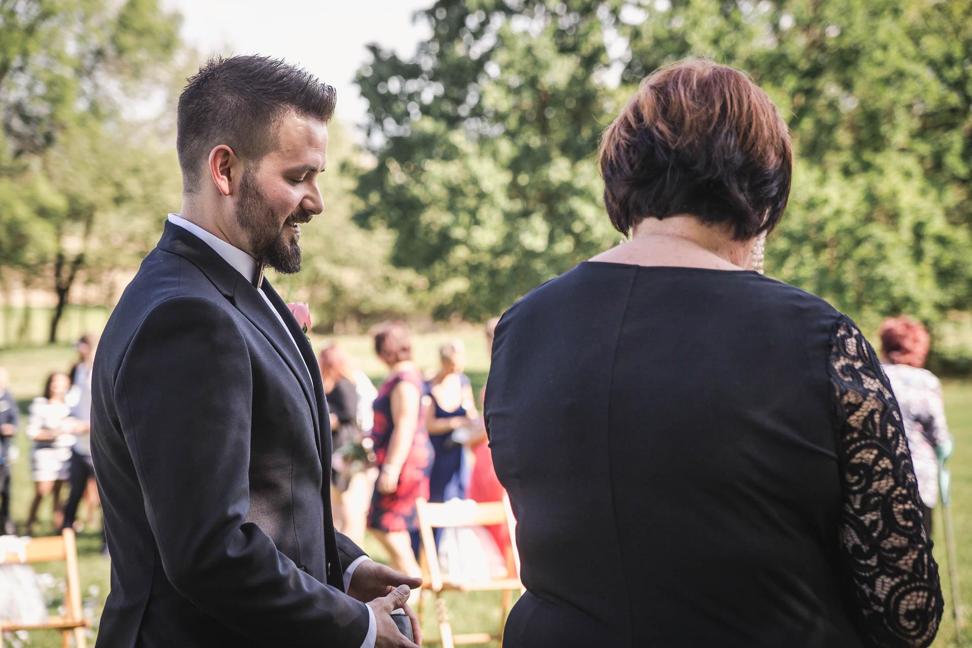 svatební-fotografie-Říp-svatební-video-ŘÍP-svatební-fotograf-ŘÍP-svatba-Mělník-svatba-Neratovice-fotograf-na-savtbu-kameraman-na-svatbu-71