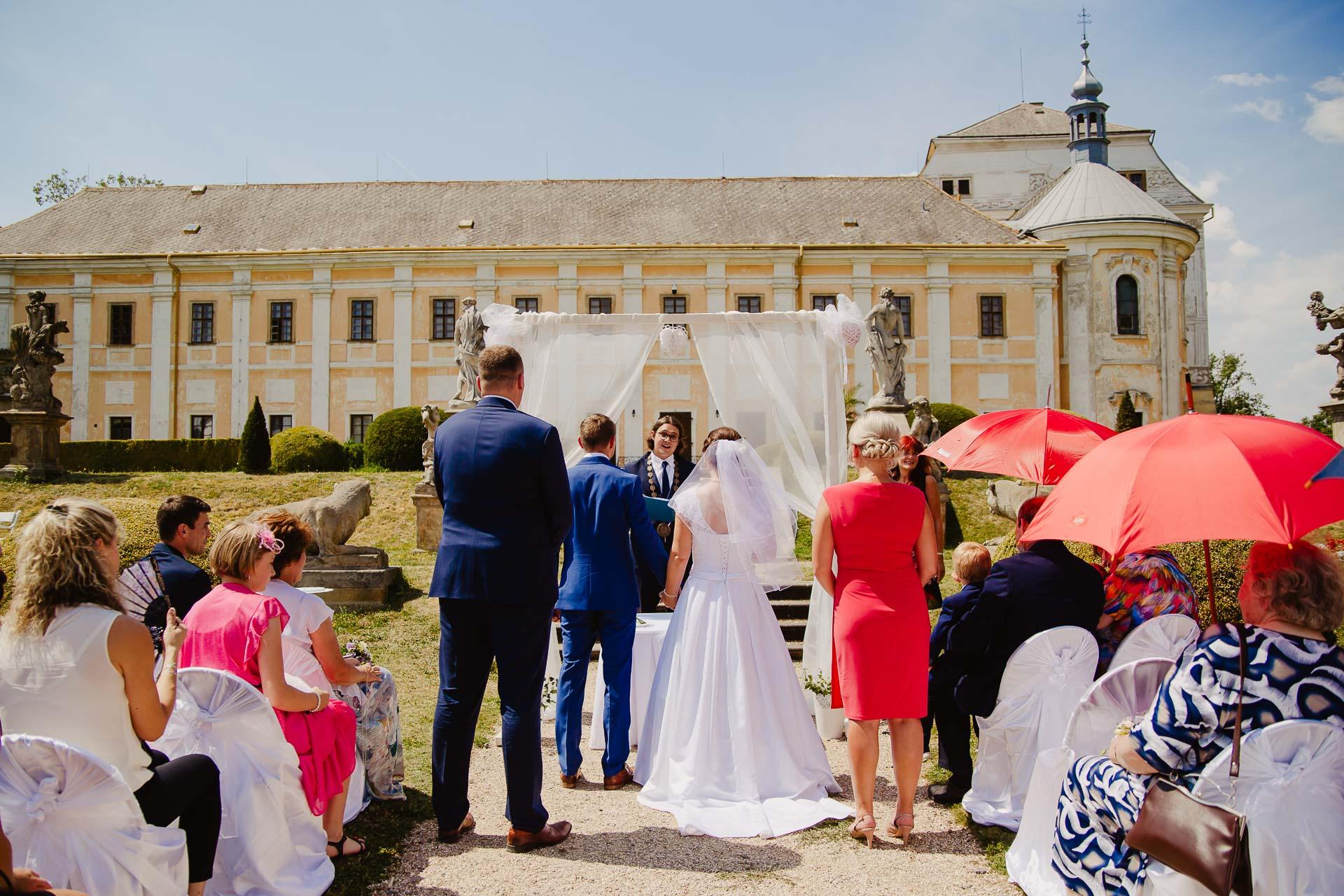 příprava-svatebního-obřadu-Lysá-nad-Labem-svatební-agentura-Svatbavenku-36