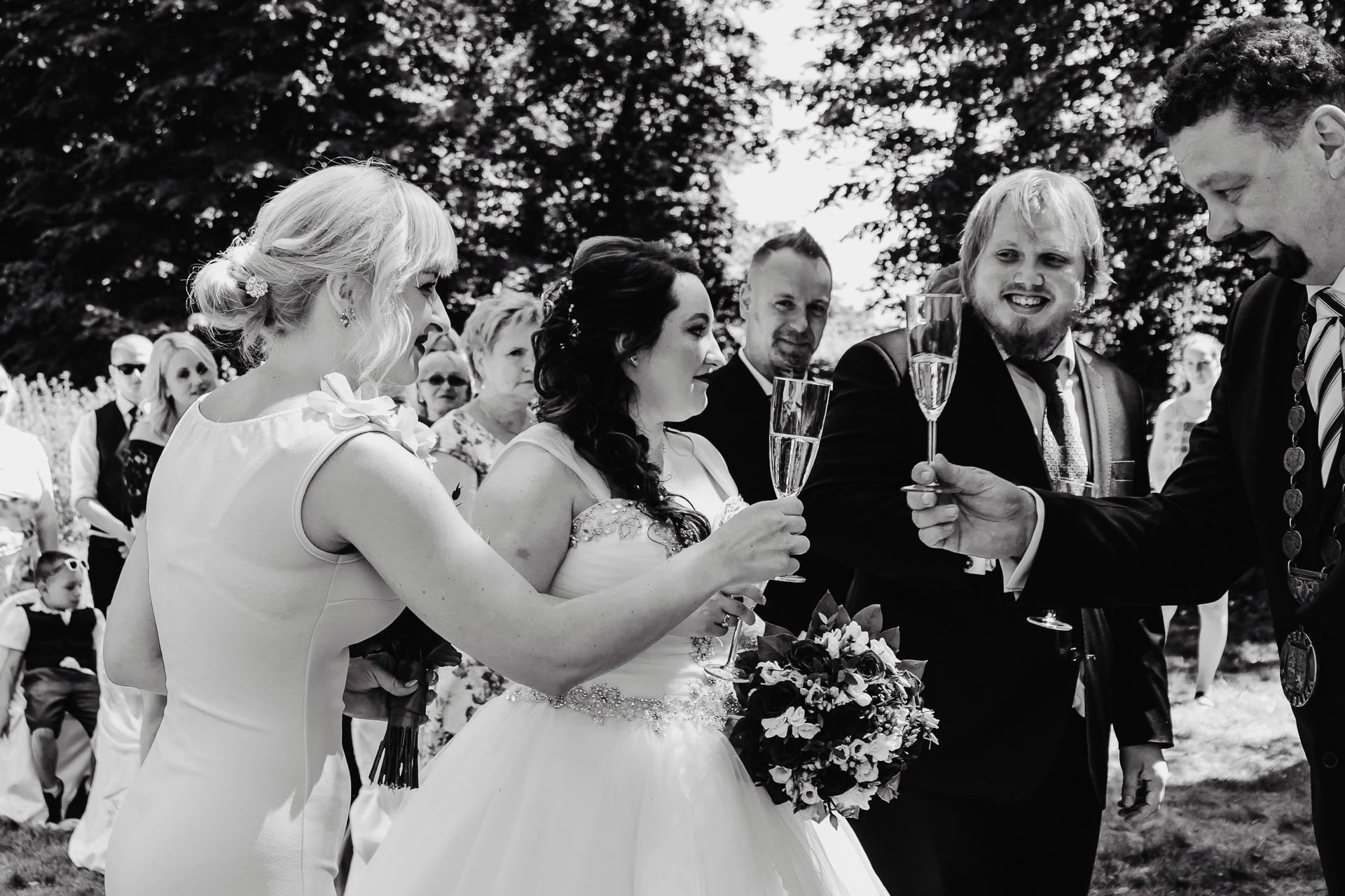 příprava-svatebního-obřadu-Lysá-nad-Labem-svatební-agentura-Svatbavenku-4090
