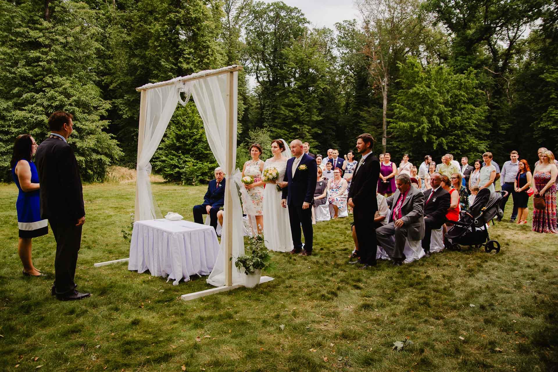 příprava-svatebního-obřadu-Lysá-nad-Labem-svatební-agentura-Svatbavenku-9180