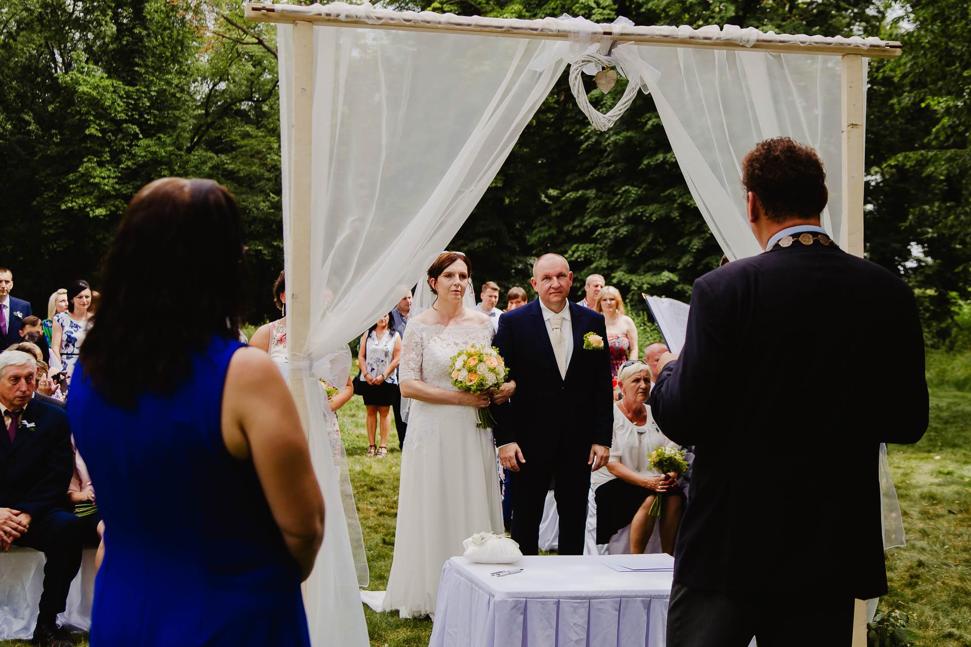 příprava-svatebního-obřadu-Lysá-nad-Labem-svatební-agentura-Svatbavenku-9196