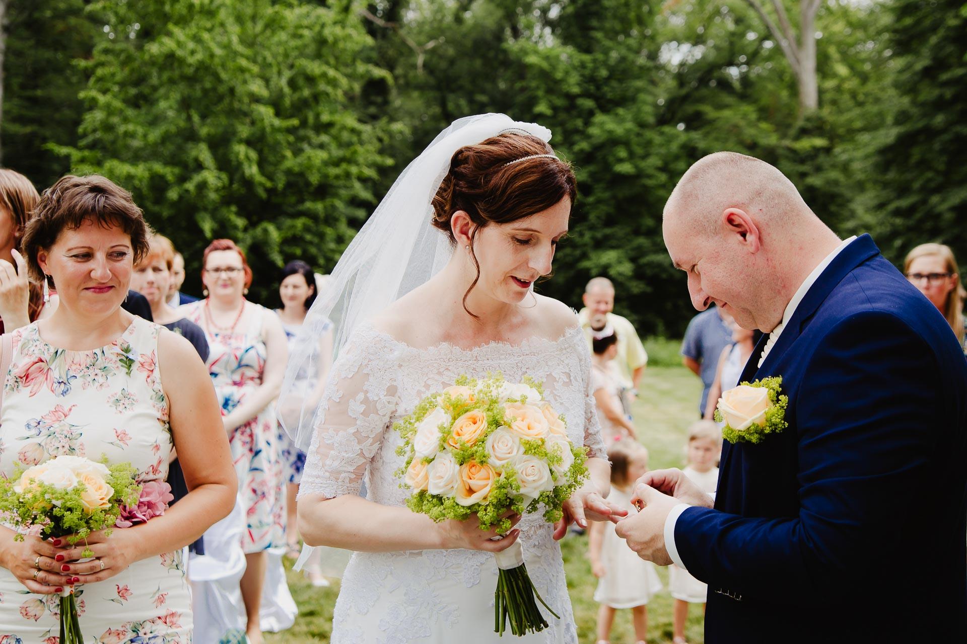 příprava-svatebního-obřadu-Lysá-nad-Labem-svatební-agentura-Svatbavenku-9213