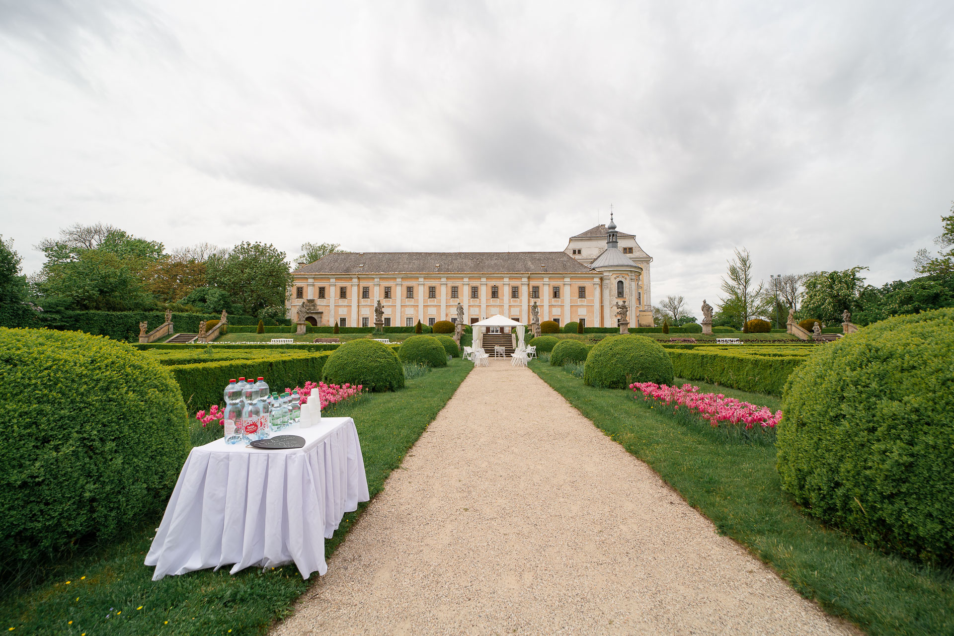svatba-na-zámku