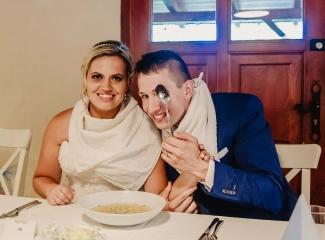 svatební fotograf zámek Mníšek pod Brdy, svatba na zámku, letní nejkrásnější zámecká svatba, Bára a Ondra-118