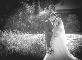 svatební fotograf zámek Mníšek pod Brdy, svatba na zámku, letní nejkrásnější zámecká svatba, Bára a Ondra-126