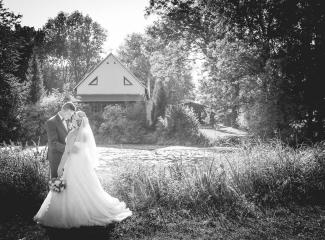 svatební fotograf zámek Mníšek pod Brdy, svatba na zámku, letní nejkrásnější zámecká svatba, Bára a Ondra-127