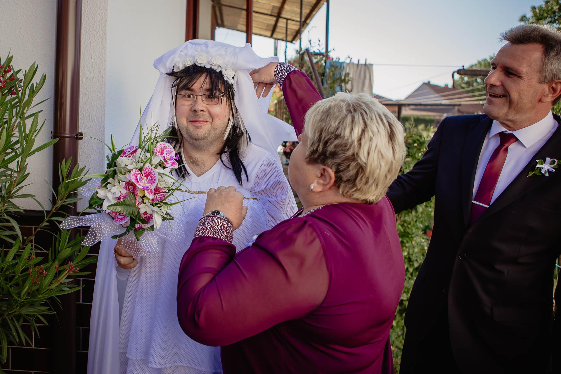 foto svatba, Havířský kostelík, Poděbrady, foto u Labe, nymburk, svatební fotograf-2337