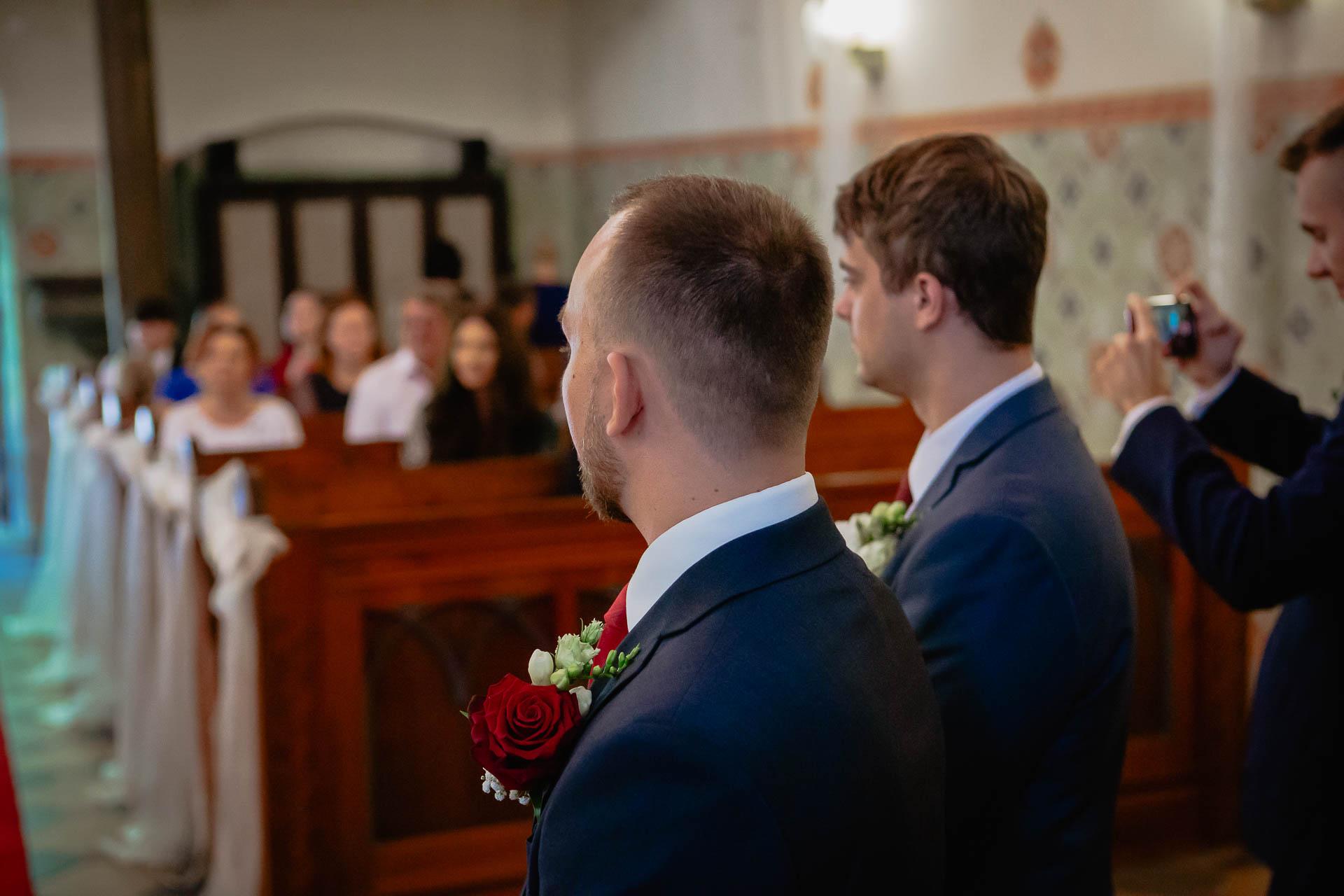 foto svatba, Havířský kostelík, Poděbrady, foto u Labe, nymburk, svatební fotograf-2497