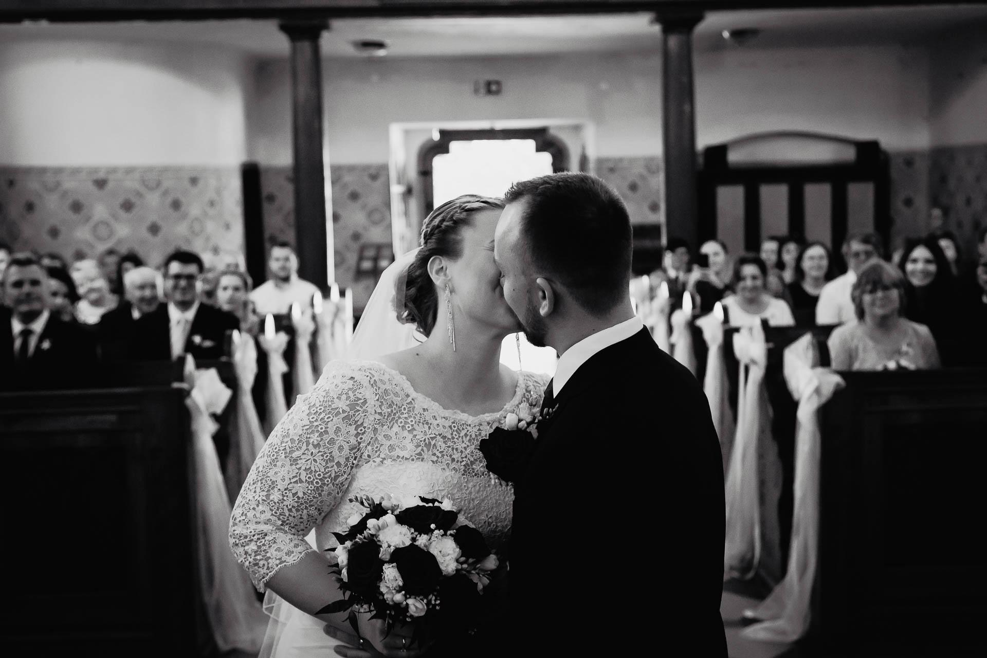 foto svatba, Havířský kostelík, Poděbrady, foto u Labe, nymburk, svatební fotograf-2595