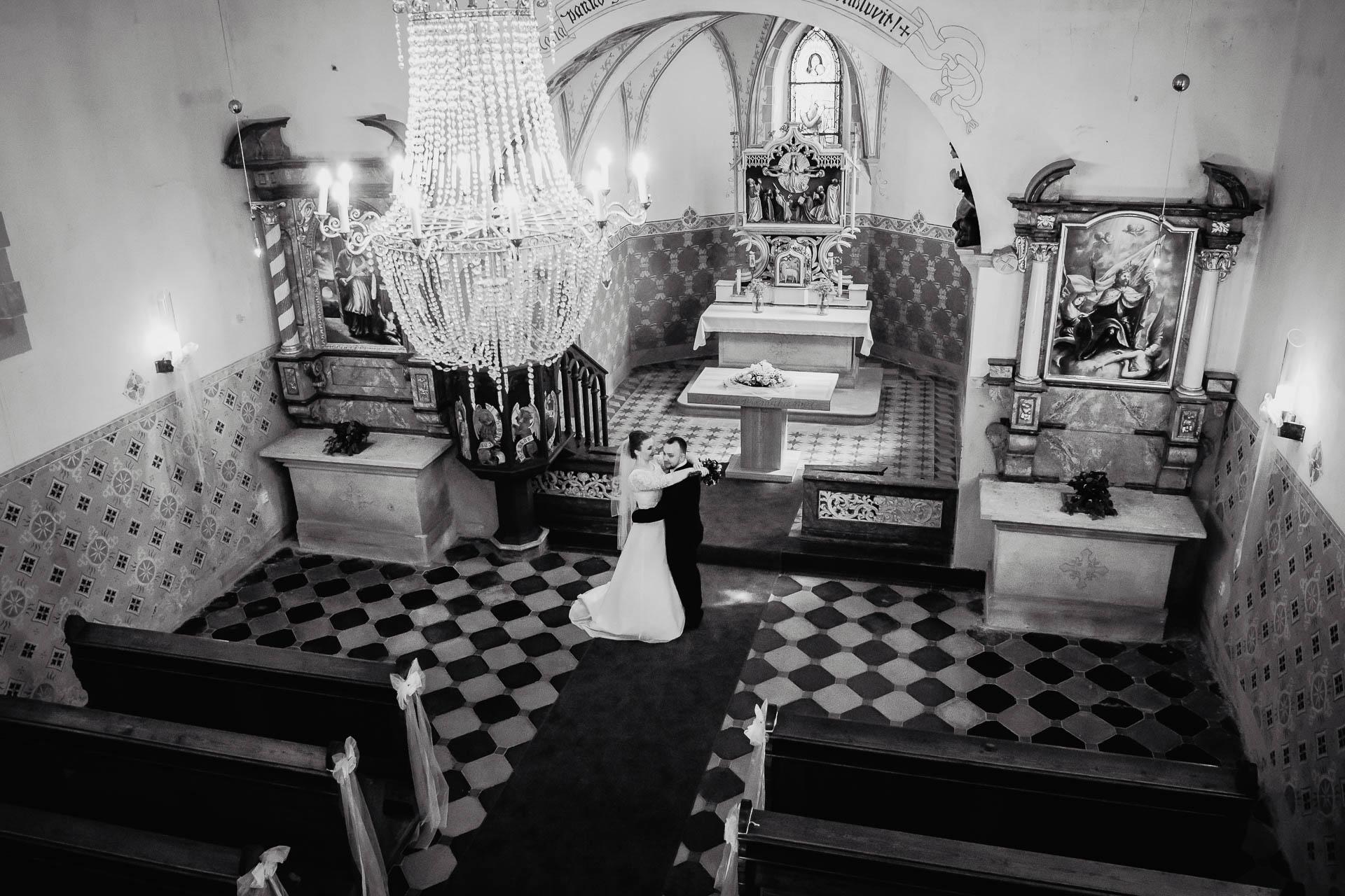 foto svatba, Havířský kostelík, Poděbrady, foto u Labe, nymburk, svatební fotograf-3084