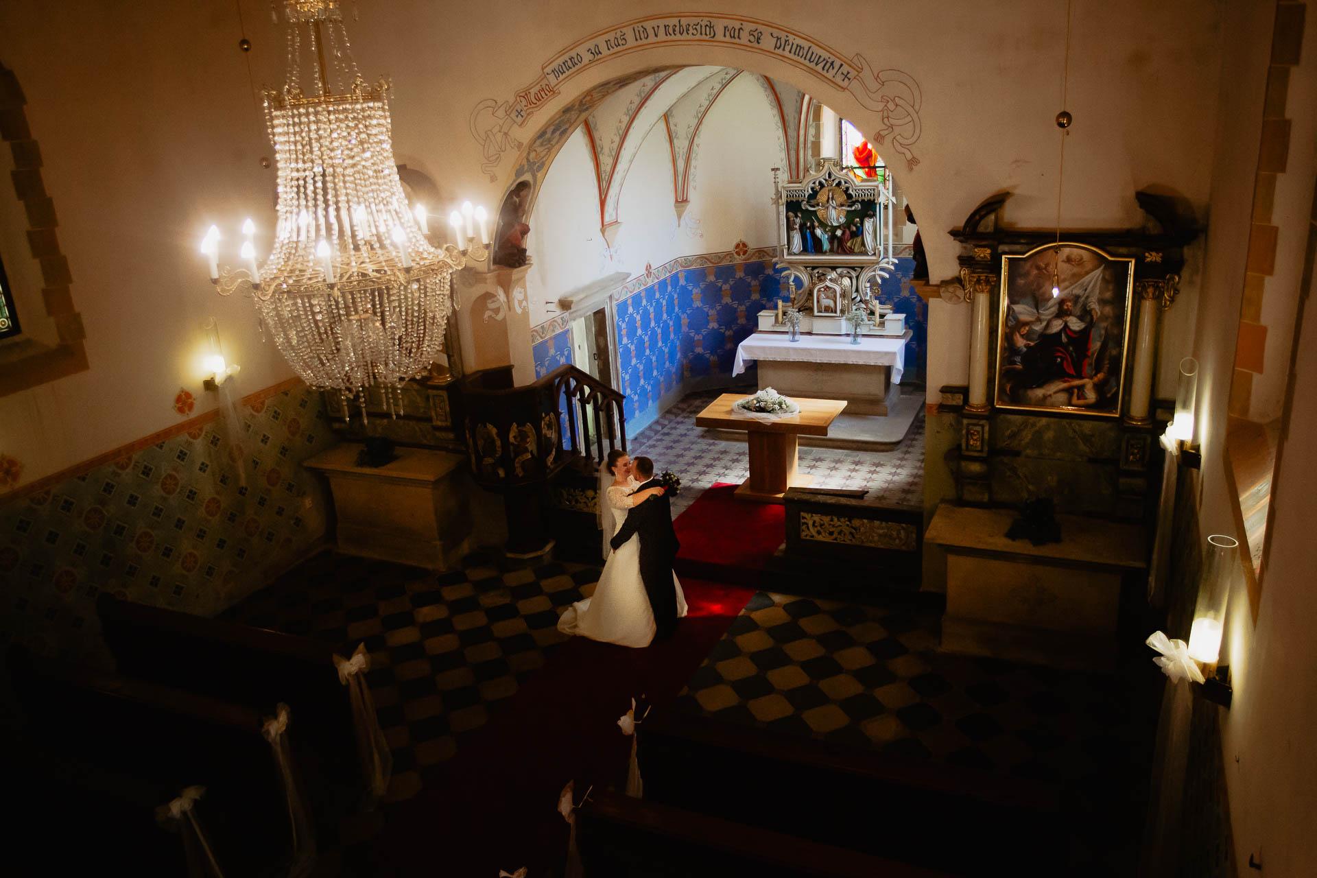foto svatba, Havířský kostelík, Poděbrady, foto u Labe, nymburk, svatební fotograf-3095