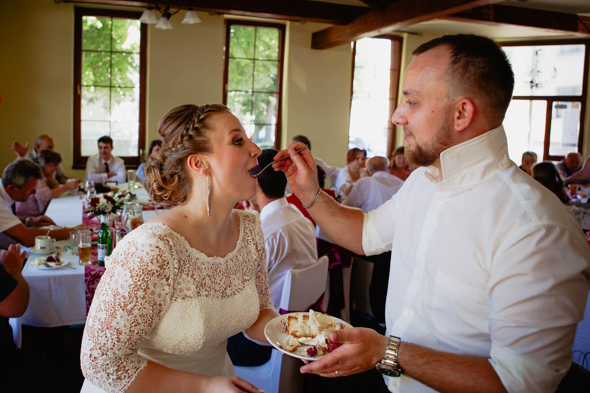 foto svatba, Havířský kostelík, Poděbrady, foto u Labe, nymburk, svatební fotograf-3882