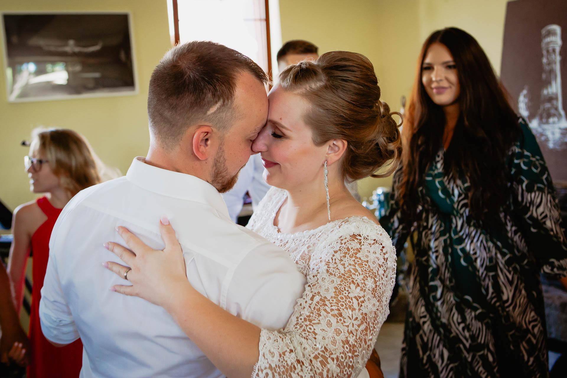 foto svatba, Havířský kostelík, Poděbrady, foto u Labe, nymburk, svatební fotograf-3915