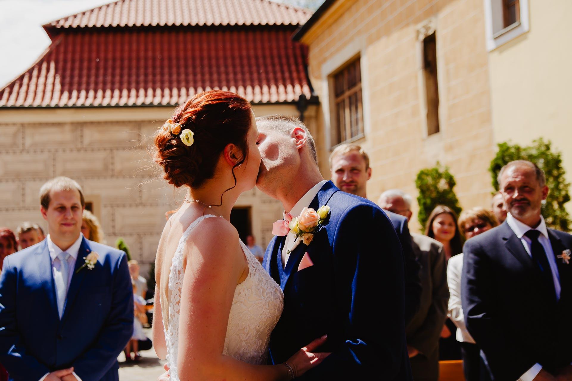 Svatební-fotograf-Čelákovice-7645