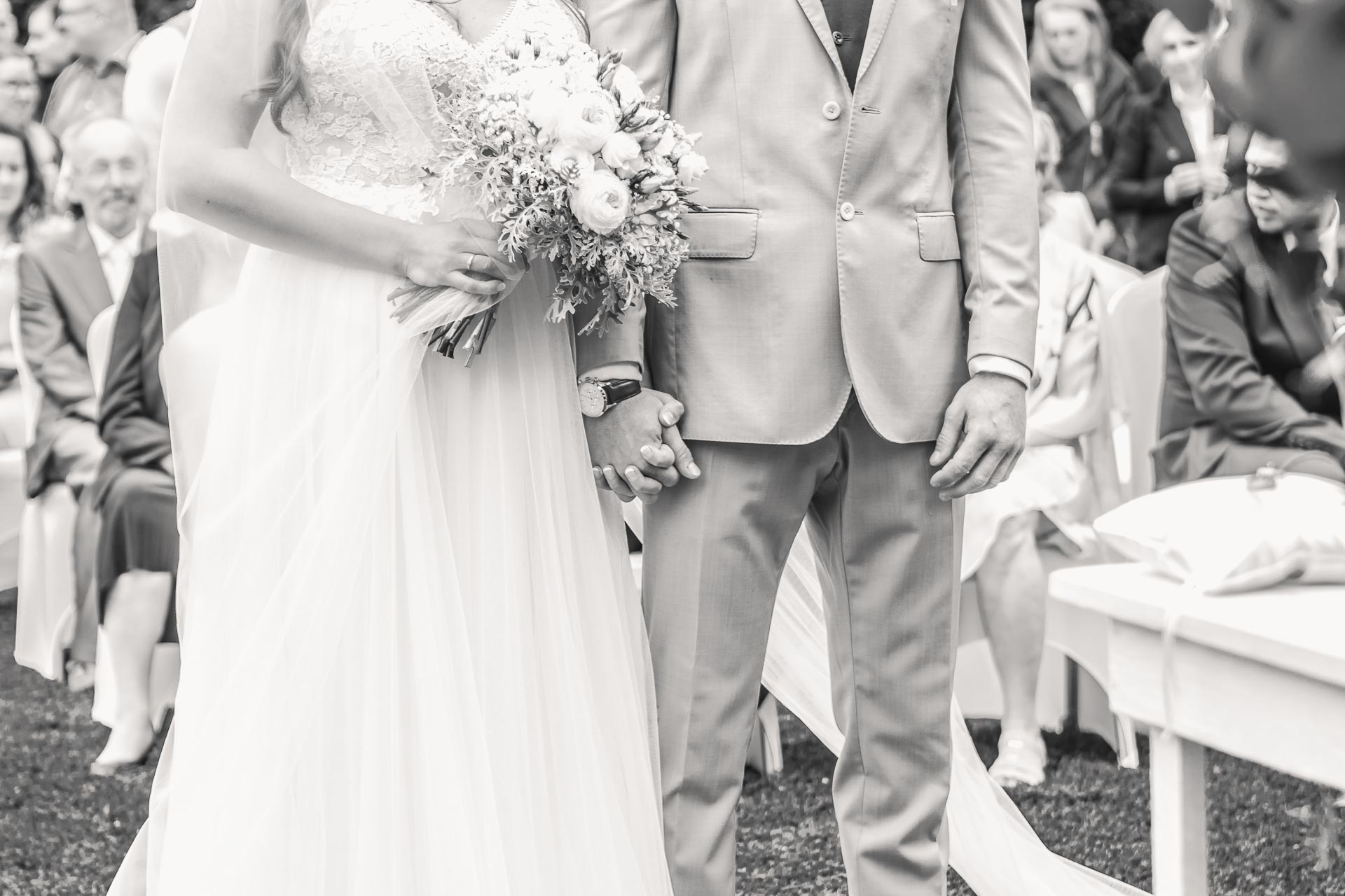 Svatební-fotograf-Dvůr-Pecínov-Benešov-8825