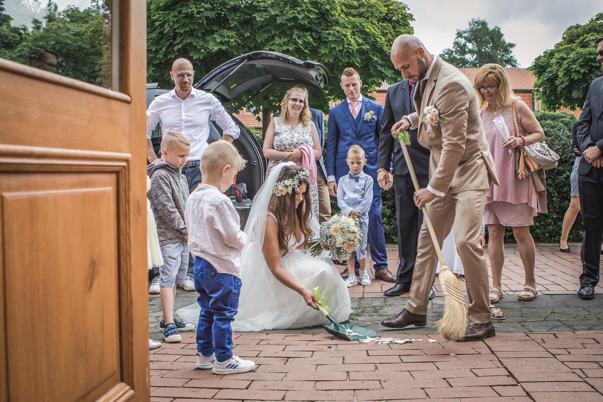 Svatební-fotograf-Dvůr-Pecínov-Benešov-9351