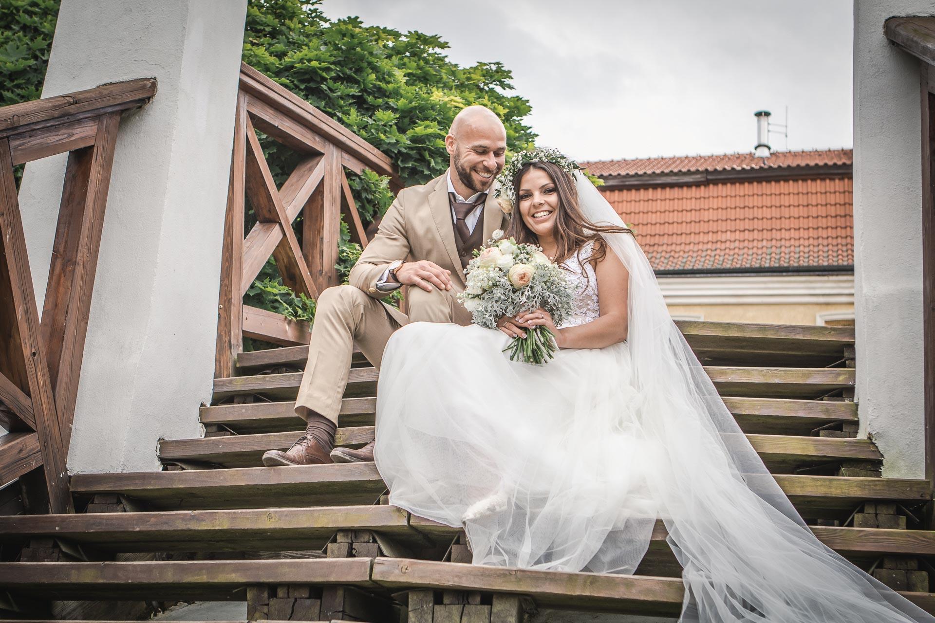 Svatební-fotograf-Dvůr-Pecínov-Benešov-9682
