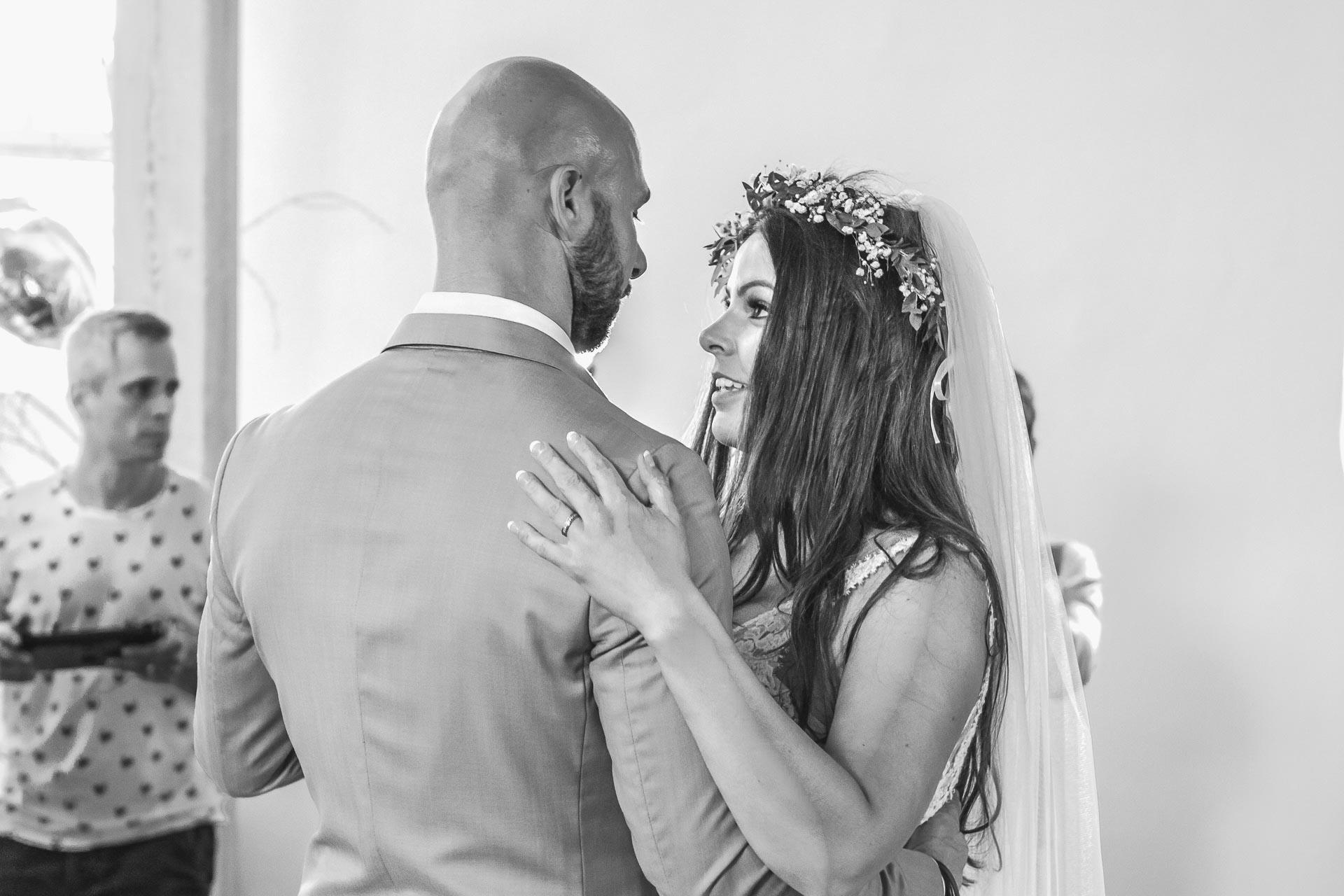 Svatební-fotograf-Dvůr-Pecínov-Benešov-9852