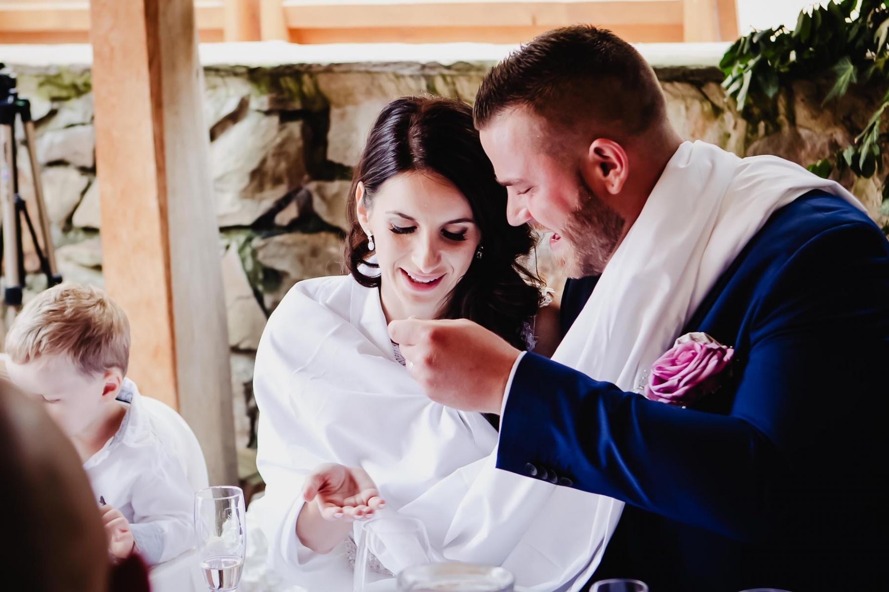 svatební-fotograf-Praha-Hotel-Selský-dvůr-Hostivař -2347