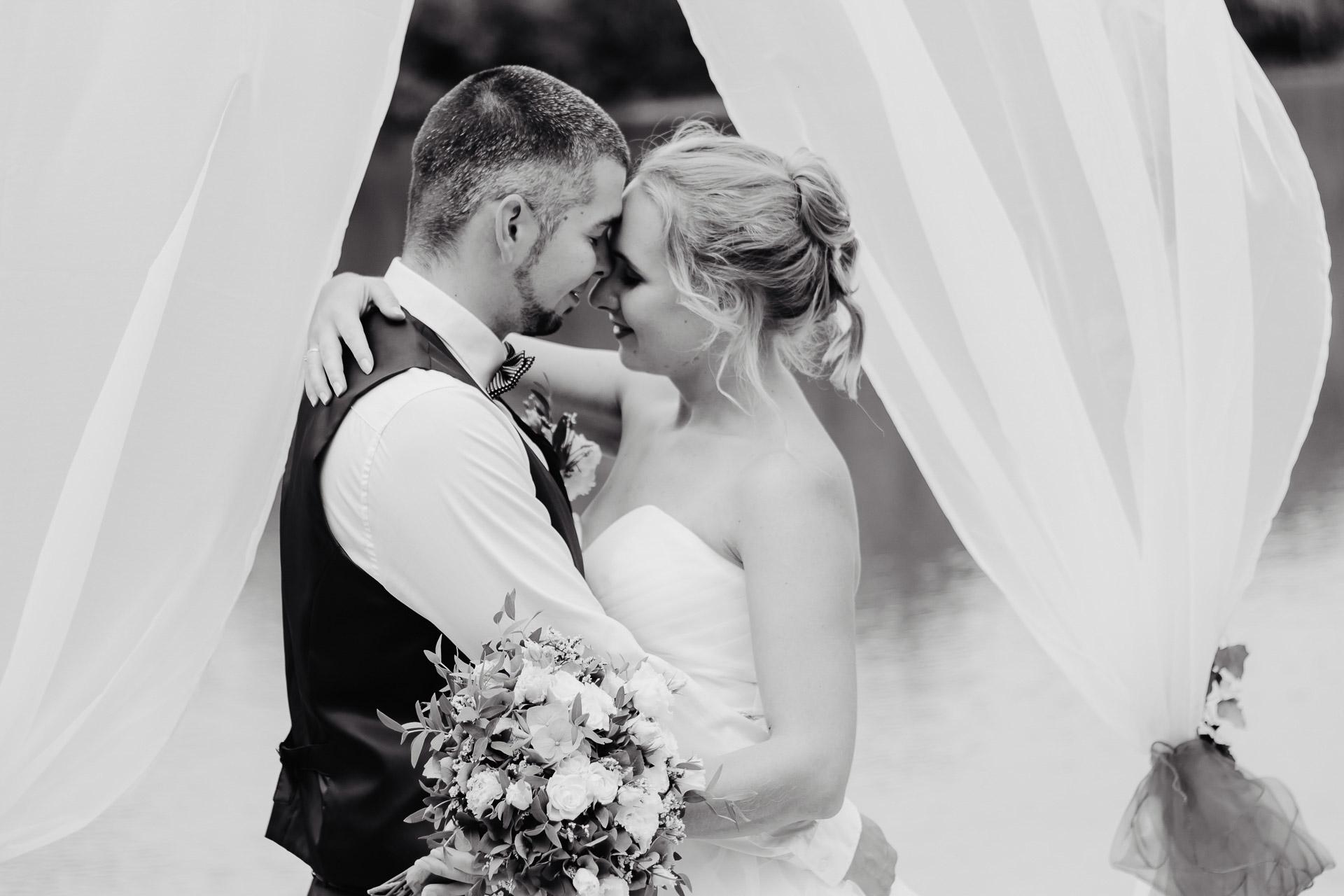 svatební-fotograf-Jívák-svatební-fotograf-Loučeň-svatební-video-Loučeň-138