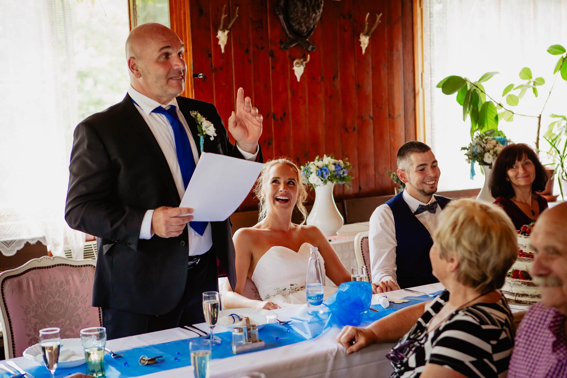 svatební-fotograf-Jívák-svatební-fotograf-Loučeň-svatební-video-Loučeň-163