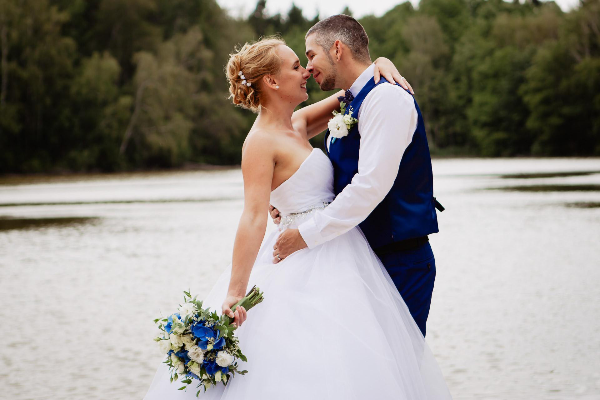 svatební-fotograf-Jívák-svatební-fotograf-Loučeň-svatební-video-Loučeň-187
