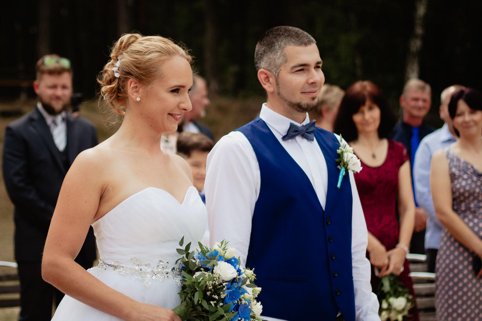 svatební-fotograf-Jívák-svatební-fotograf-Loučeň-svatební-video-Loučeň-21