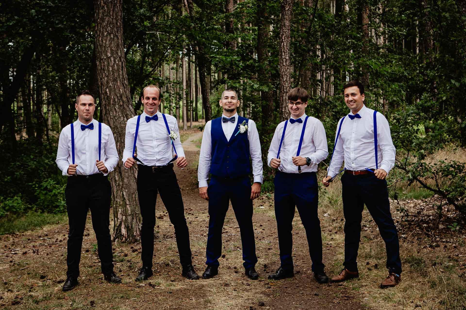 svatební-fotograf-Jívák-svatební-fotograf-Loučeň-svatební-video-Loučeň-230