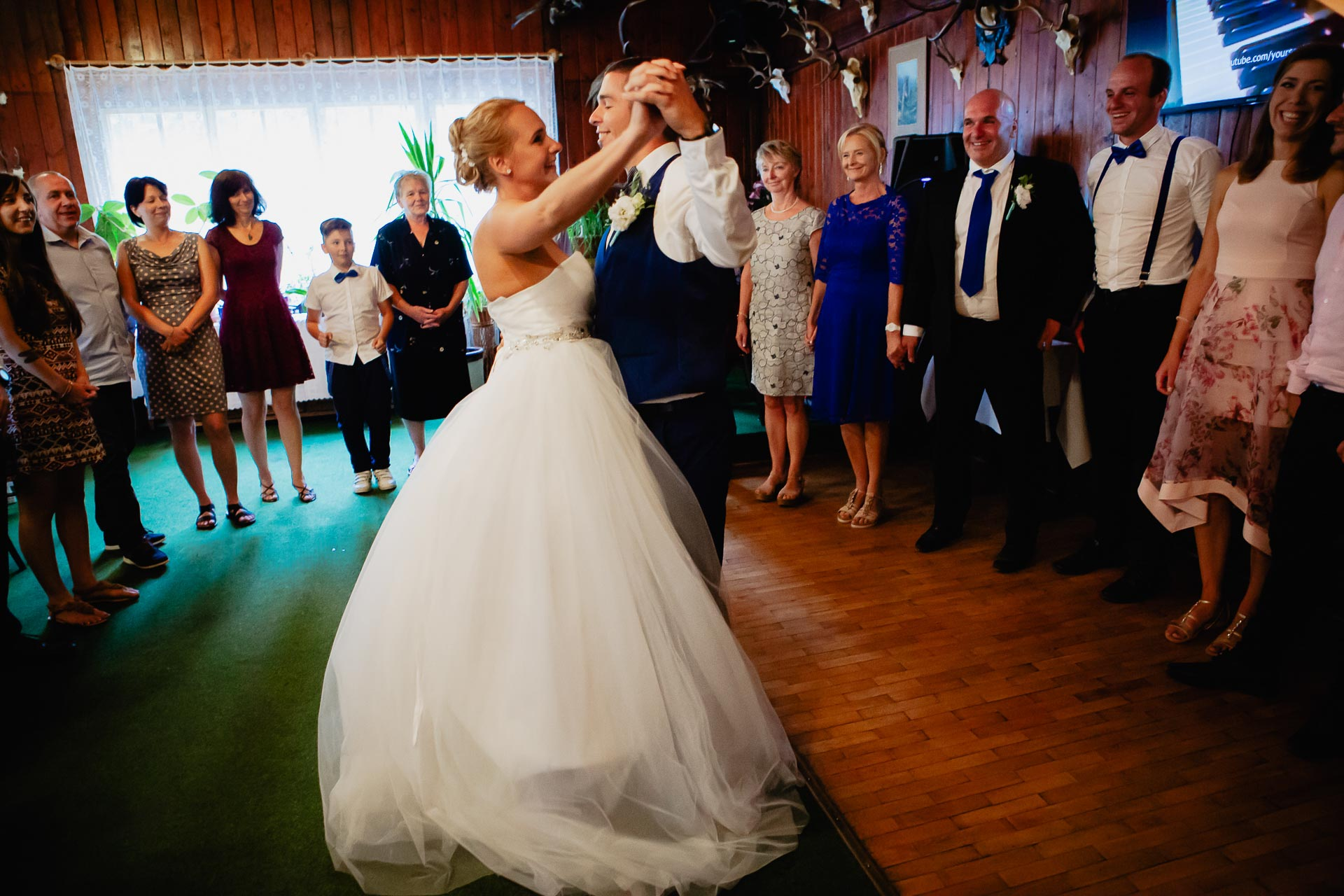 svatební-fotograf-Jívák-svatební-fotograf-Loučeň-svatební-video-Loučeň-262