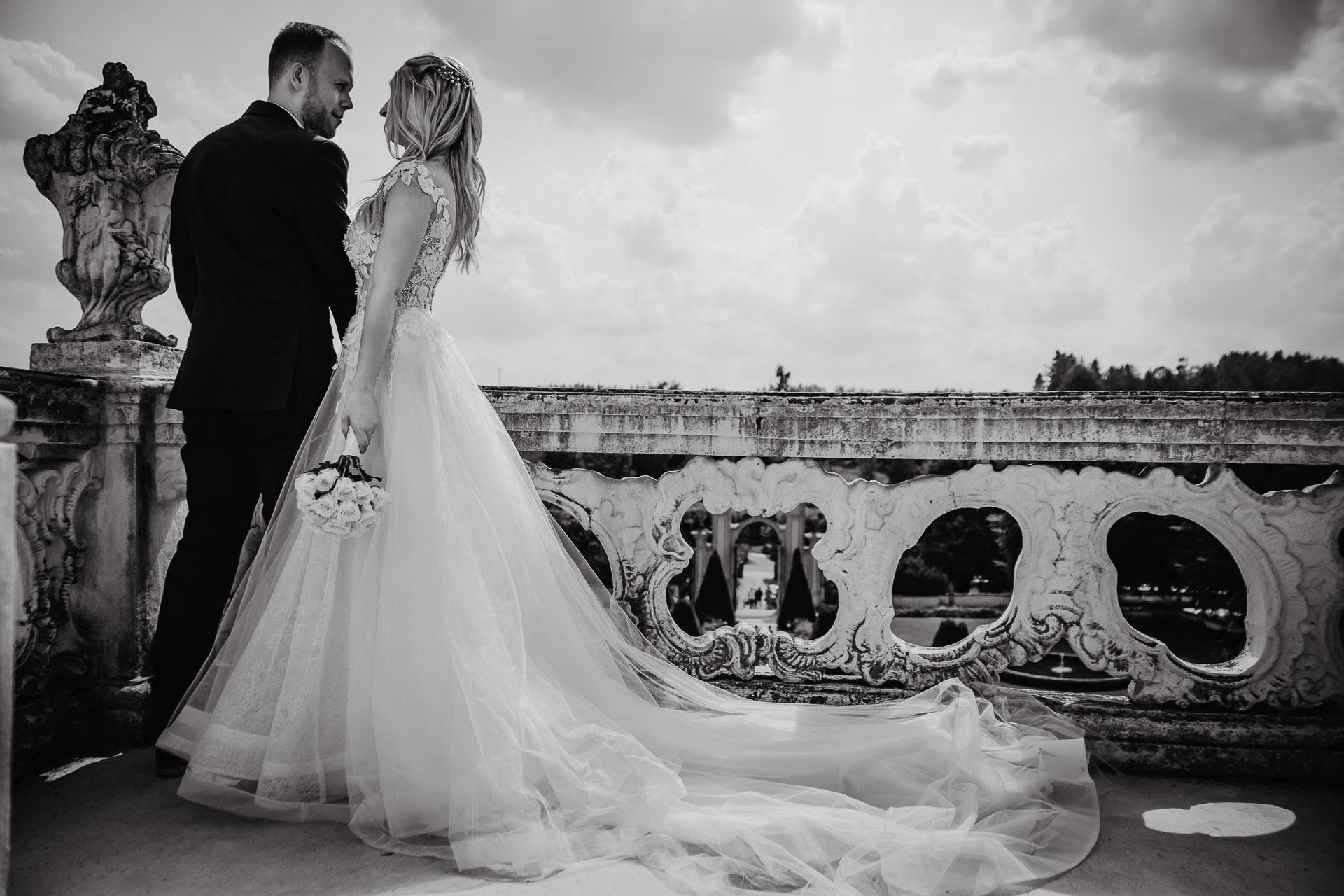 svatební-fotograf-zámek-Nové-Hrady-svatební-fotograf-Hradec-Králové-svatební-video-Hradec-Králové-157