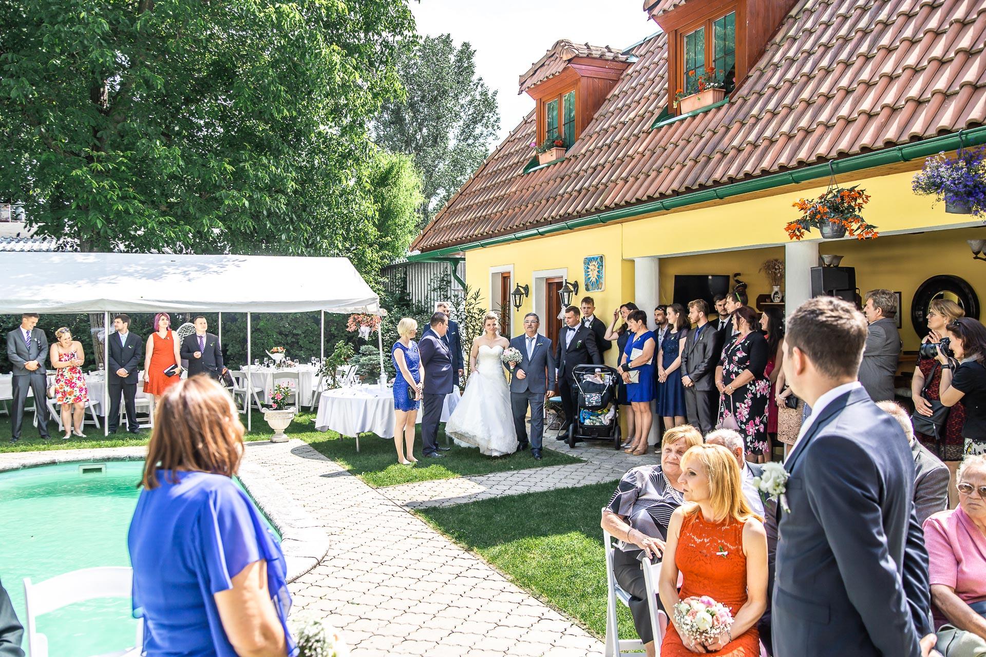 Svatební-fotograf-Nymburk-5248