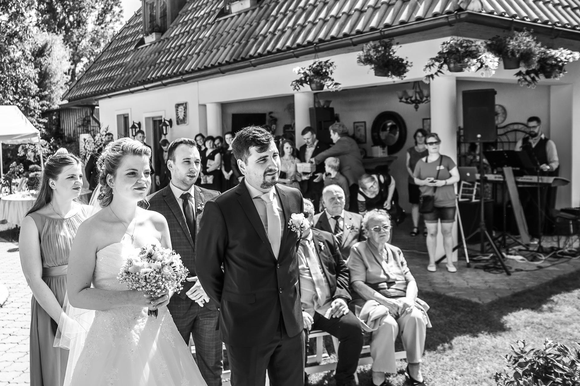 Svatební-fotograf-Nymburk-5260
